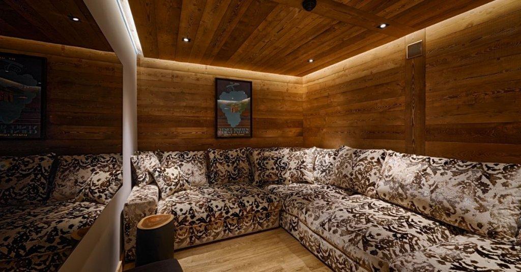 Lodge Des Nants cinema Morzine