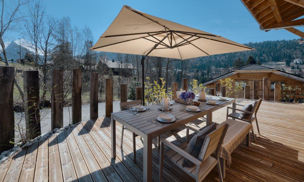 chalet-blanc-terrace
