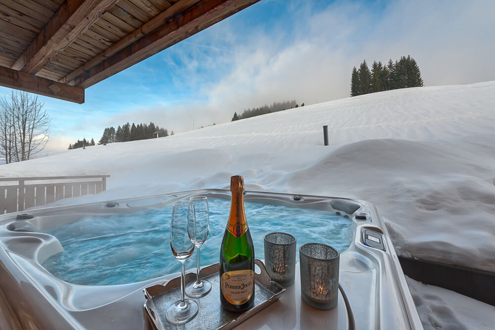 Tub Aviemore self-catered chalets Les Gets