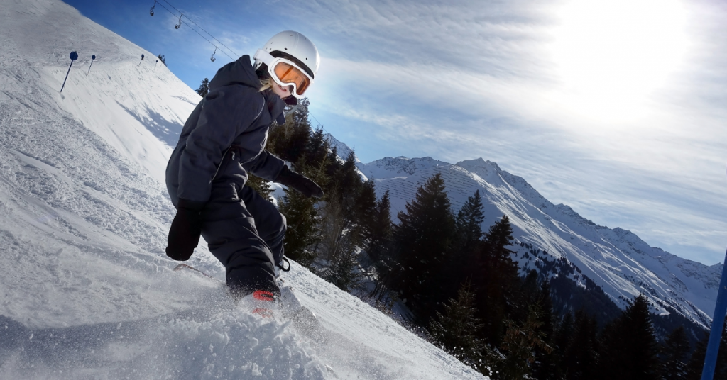 Kids skiing lessons