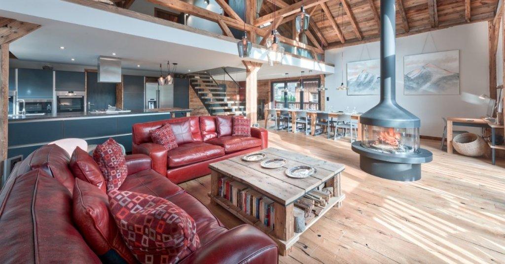 Chalet Bobb's modern living space