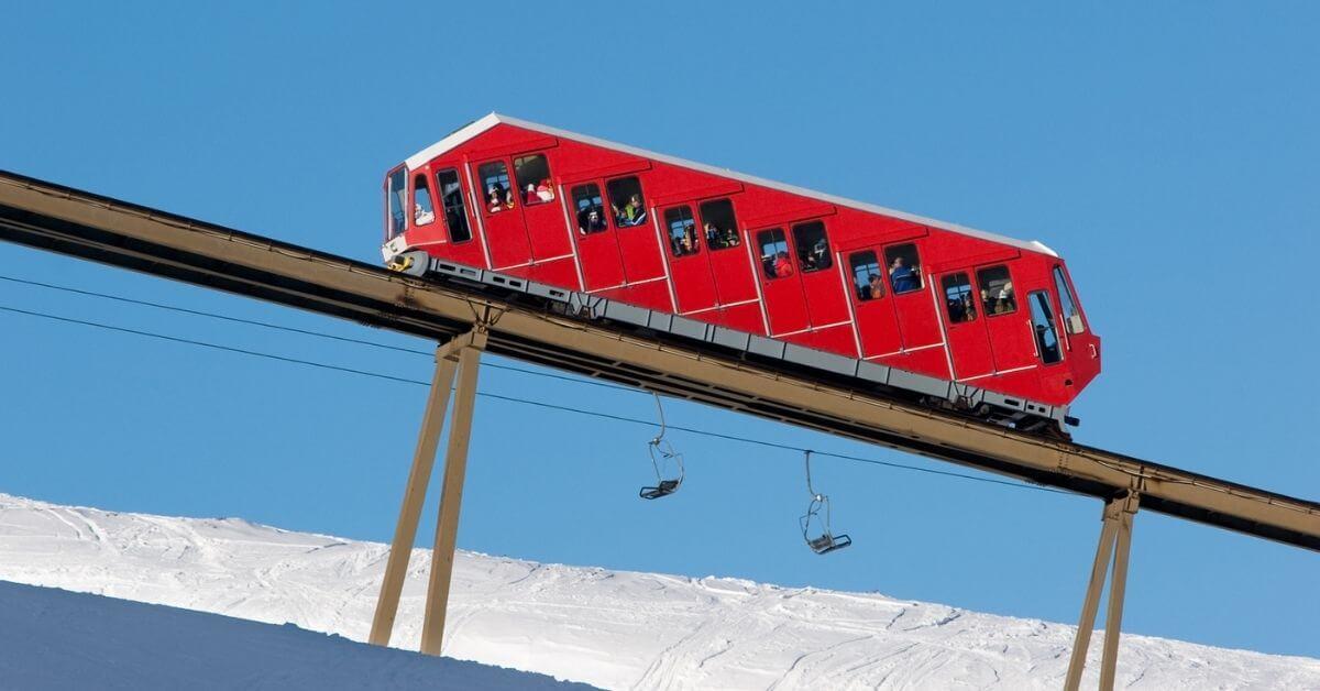 Funiculars ski lift