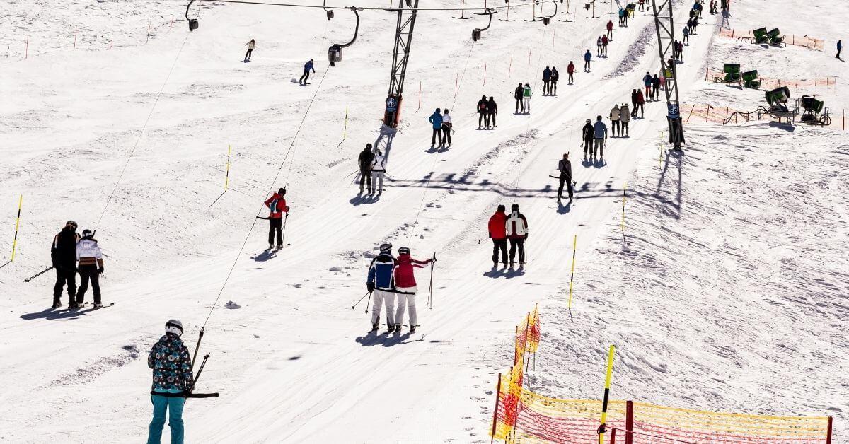 Rope tows ski lift