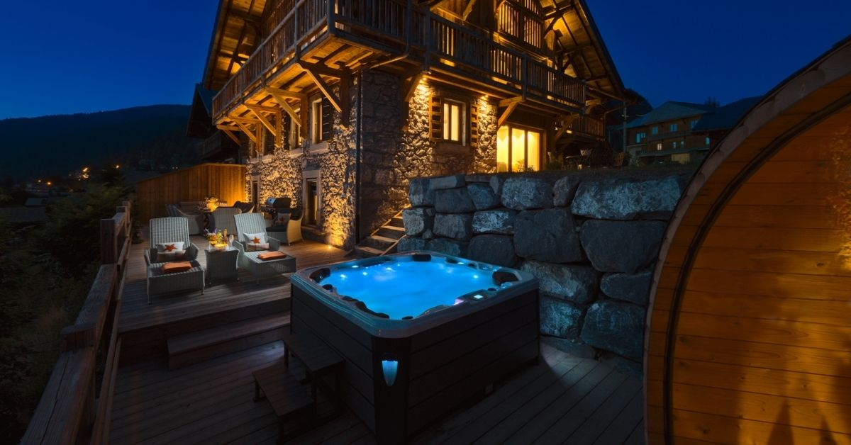 Holidays with hot tubs at The Old Macaroni in Morzine