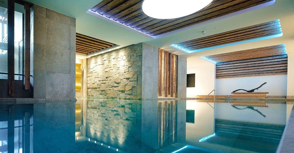 Pool at Les Sources Du Chery